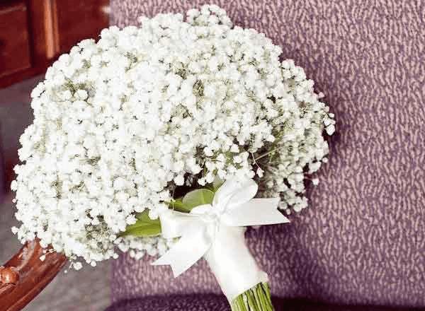 Bó hoa Baby trắng tinh khôi