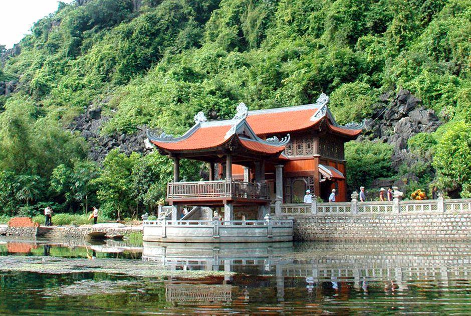 Phủ Khống là nơi thờ 7 vị quan trung thần triều Đinh